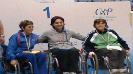 Class_3_womens_medal_presentation_Lignano_2009_1 (1)
